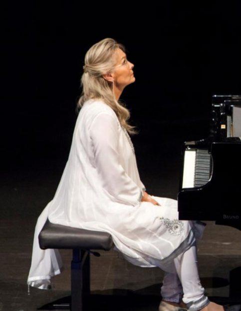 Elizabeth Sombart